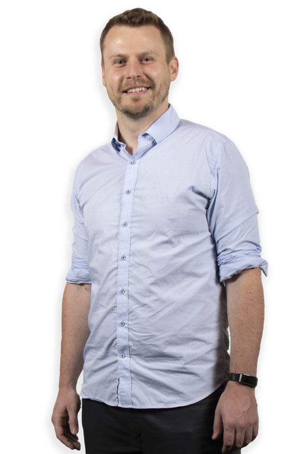 Photo of Filip Husnik in blue shirt